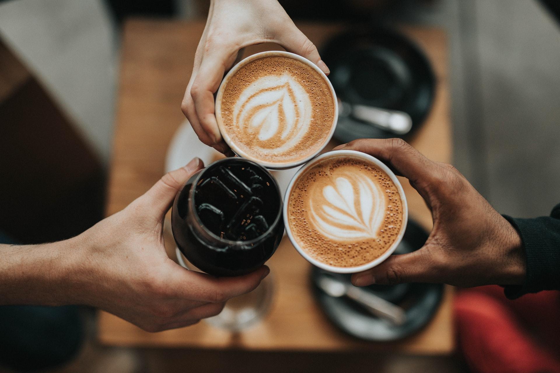 ta en kaffe med oss
